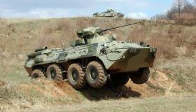 Возможно ли получить компенсацию за аварию, если в ней виноват военный без ОСАГО?