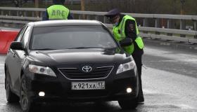 Имеет ли право полицейский вскрыть автомобиль гражданина?