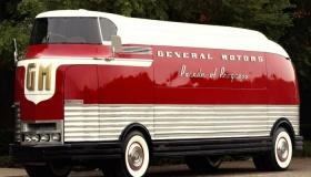 «Автобус из прошлого»: почему GM Futurliner был оценен в 4 млн долларов и продан за эту сумму