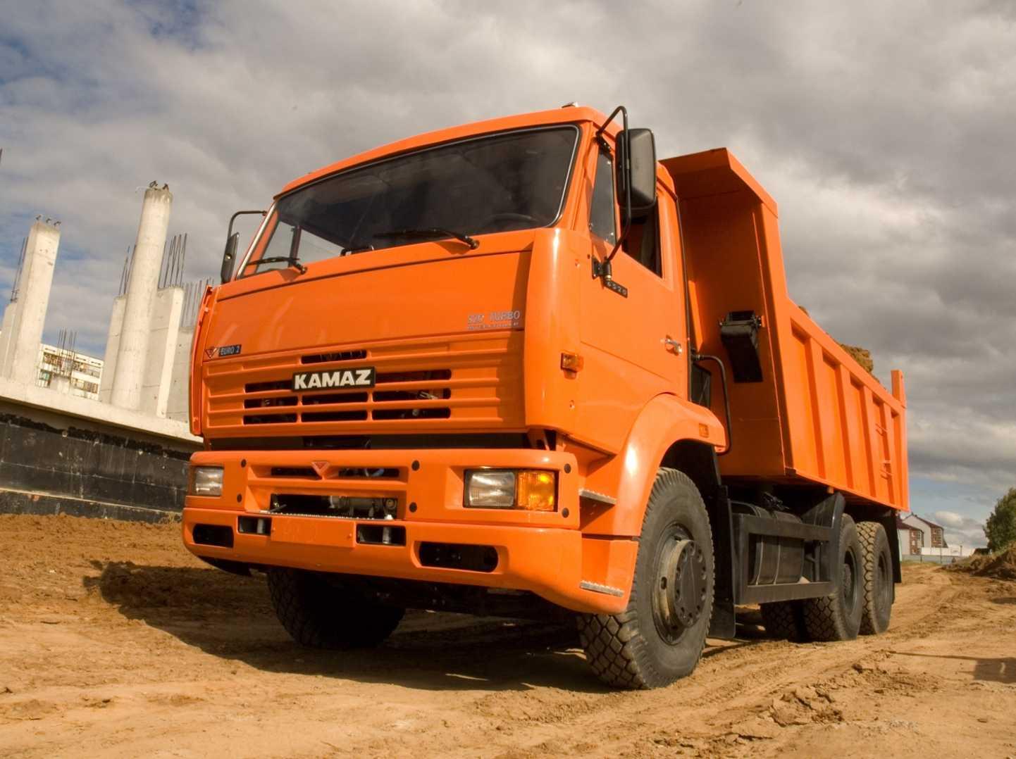 В РФ вконце осени прирост рынка грузовиков превысил 50%